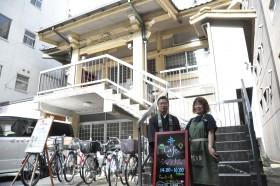 ★お寺と活動者写真