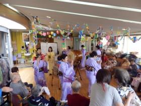 夏のボランティア体験 デイサービス夏祭り   (デイサービスひまわり)