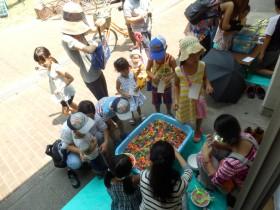 夏のボランティア体験 子育てサロンの夏祭り(波除読み聞かせ会 おはなしぷーさん)