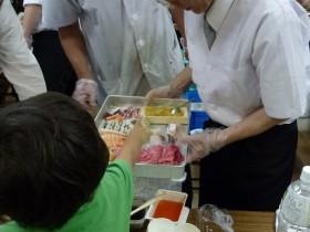 事例「子どもたちの目の前で新鮮なお寿司を!」
